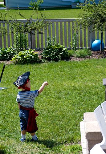 <i>Avast! Yonder blue ball marks the spot! (arrrrrrr)</i>