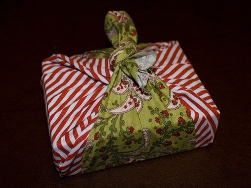 A small box I wrapped for Katra